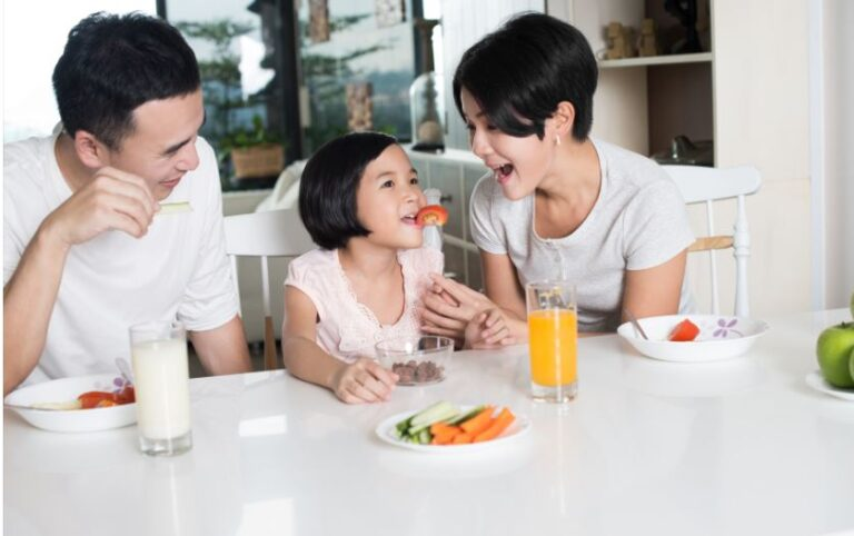 8 Easy Ways to Keep Your Family Healthy in 2021